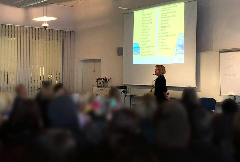 Hanna and Goliath fortbildar lärare och elever på Sunderby folkhögskola